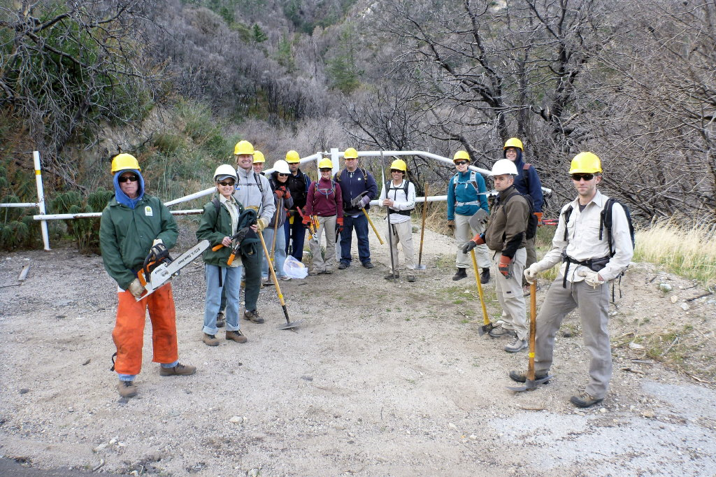 Gabrielino Trail MWBA and CORBA Crews